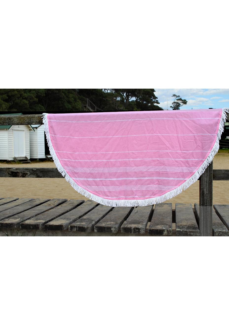 Round De La Mer Pink Towel