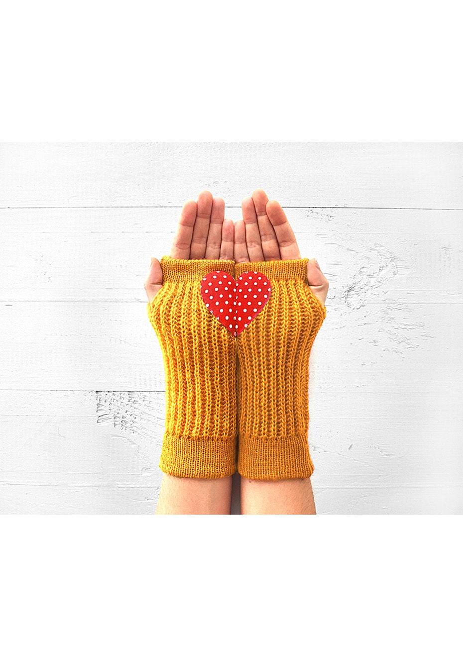 Heart Armwarmers - Mustard/Polka Dot
