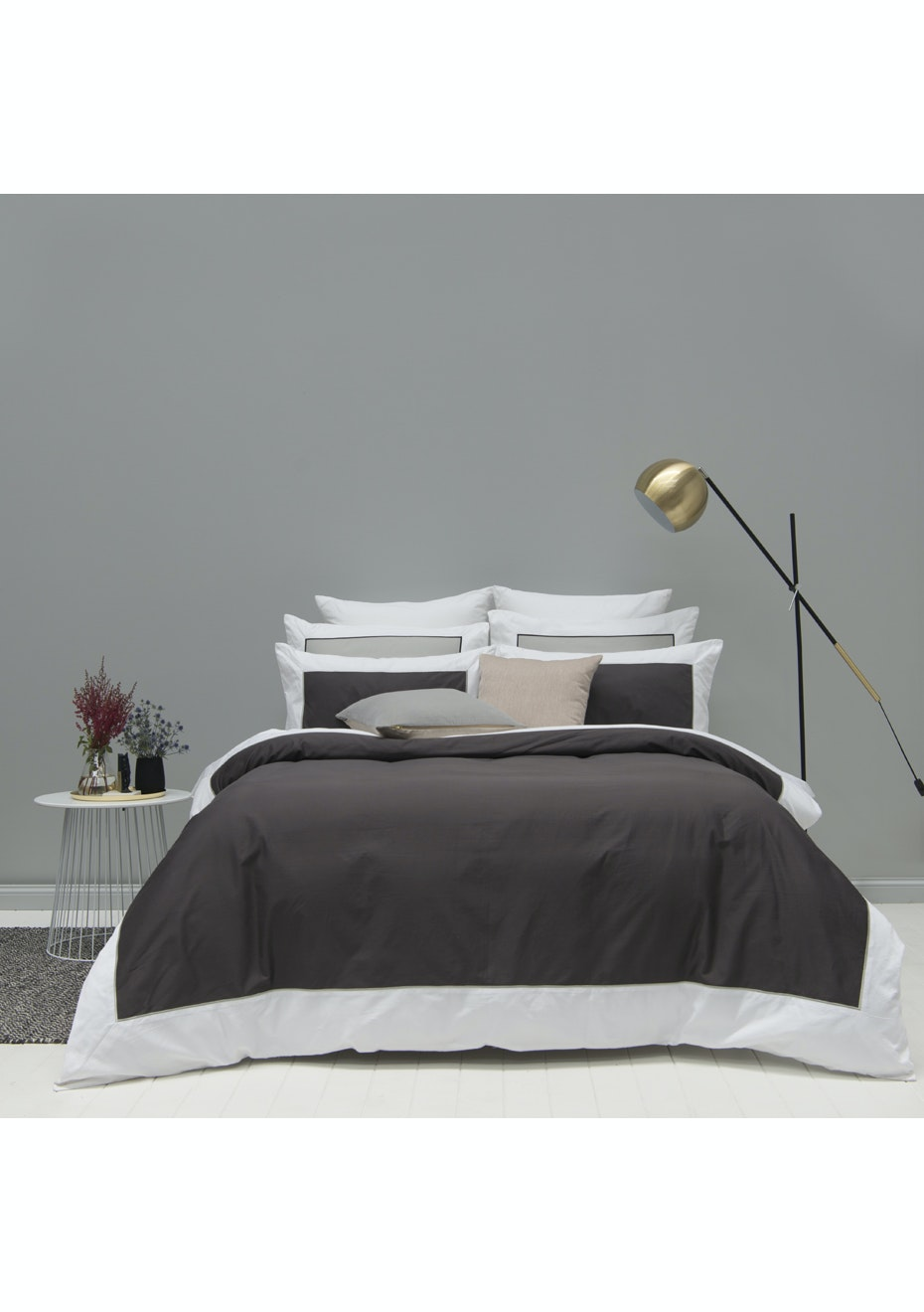 Style & Co 1000 Thread count Egyptian Cotton Hotel Collection Ascot Quilt Cover sets Queen Coal