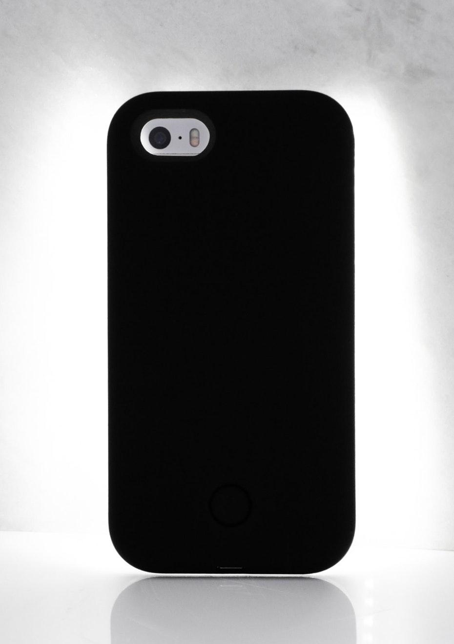 IPHONE 6 PLUS LIGHT CASE - Black